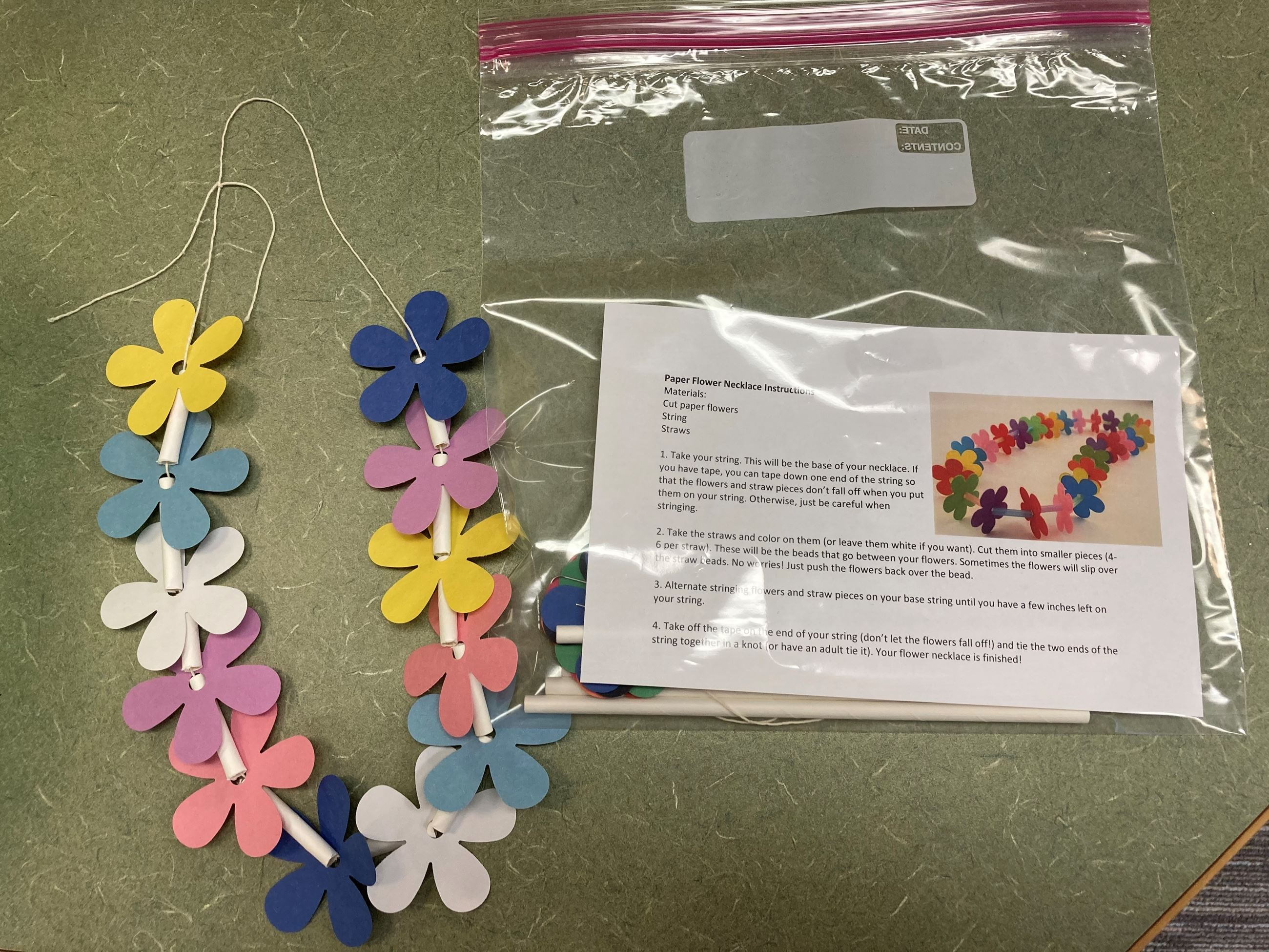 Flower necklace kit photo
